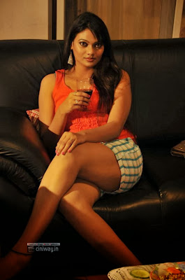 Sri-Keerthi-in-After-Drink-Movie