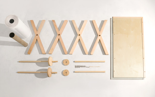 Schreibtisch mit analog fortlaufendem Notizzettel zum Selbermachen - perfekter Entwurf fürs kreative Büro