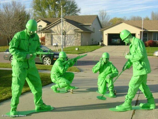 Cool Toy Army Men : Dishfunctional designs creatively cool halloween costumes