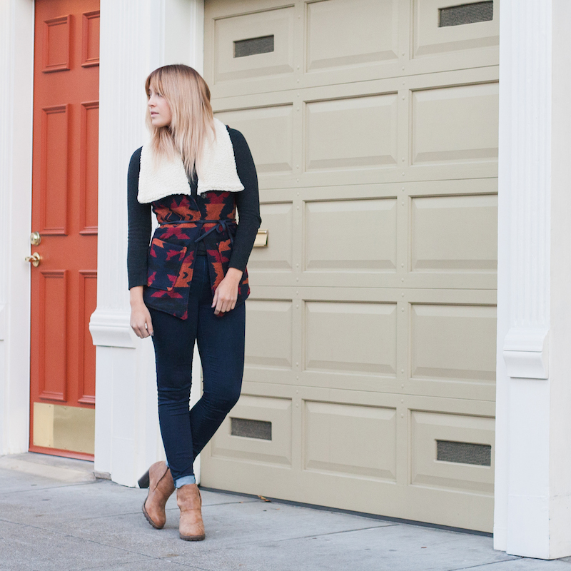 What to wear to your family's thanksgiving dinner or an outfit you can wear to meet his family. Fall shearling vest outfit idea by san francisco fashion blogger Bryn Newman of stone fox style.