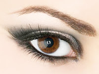 Güzel Kahverengi Göz ve Makyaj