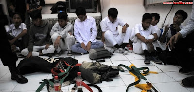 Sekolah Yang Terlibat Tawuran Akan Dikenai Sanksi