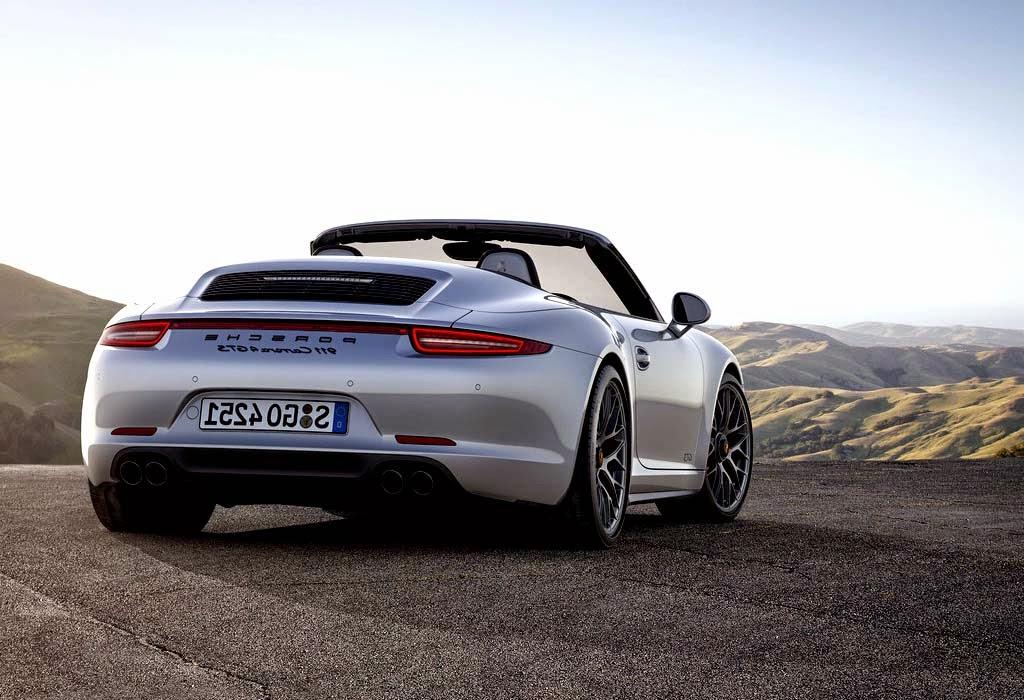 2015 Porsche 911 Carrera GTS Wallpaper