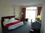 This was a picture of Peter's hotel room. I am posting it because I want you . (hotel room)