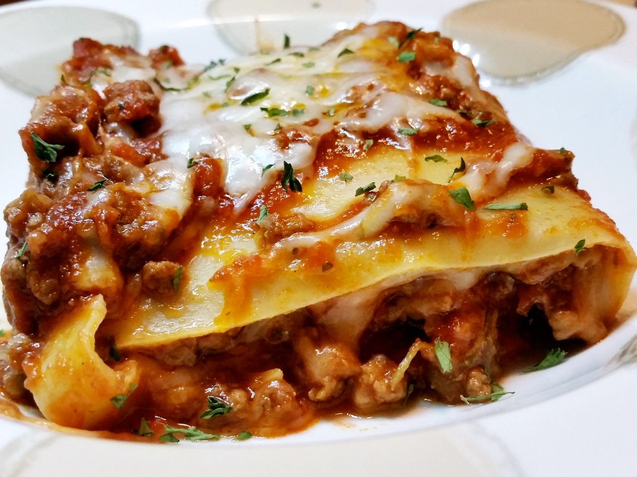 Beef And Mozzarella Lasagna (without Ricotta)