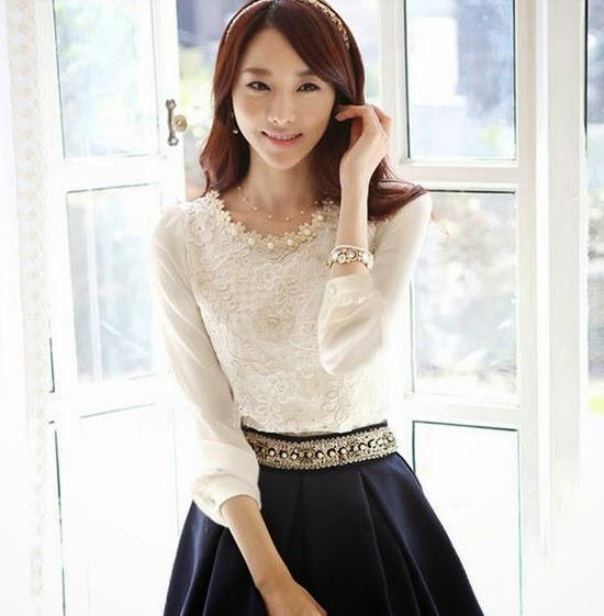 เสื้อลูกไม้แฟชั่นเกาหลี ผ้าชีฟองหรูหรา นำเข้า ไซส์MถึงXL สีเบจ - BM2497 ราคา1350บาท LOTUSNOSS.COM