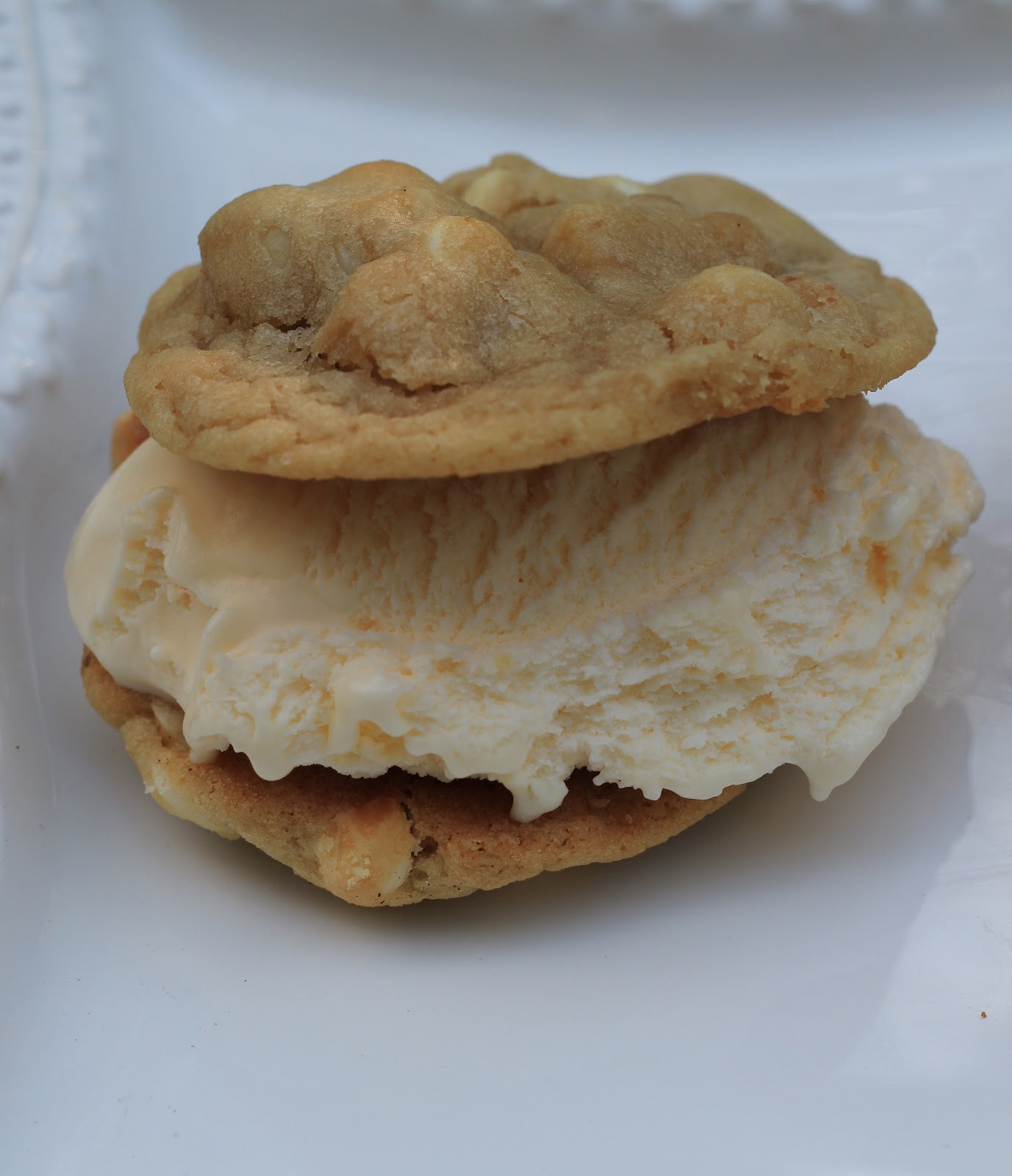 A little cuppa tea ice cream sandwiches for White chocolate macadamia nut ice cream