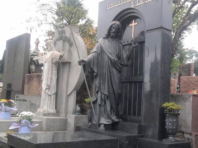 Dia de Finados: visitando os cemitérios de São Paulo