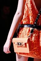 Малка квадратна чанта с дълга дръжка, дизайн Versace