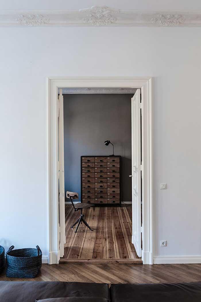 Molduras techo y mueble archivador