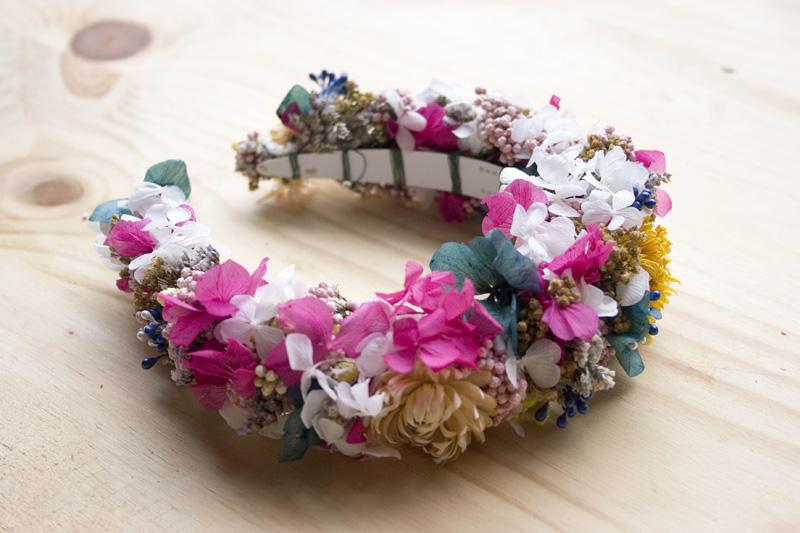DEF Deco - Decorar en familia: Diy diadema de flores preservadas y secas8