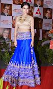 samantha latest glamorous photos-thumbnail-1