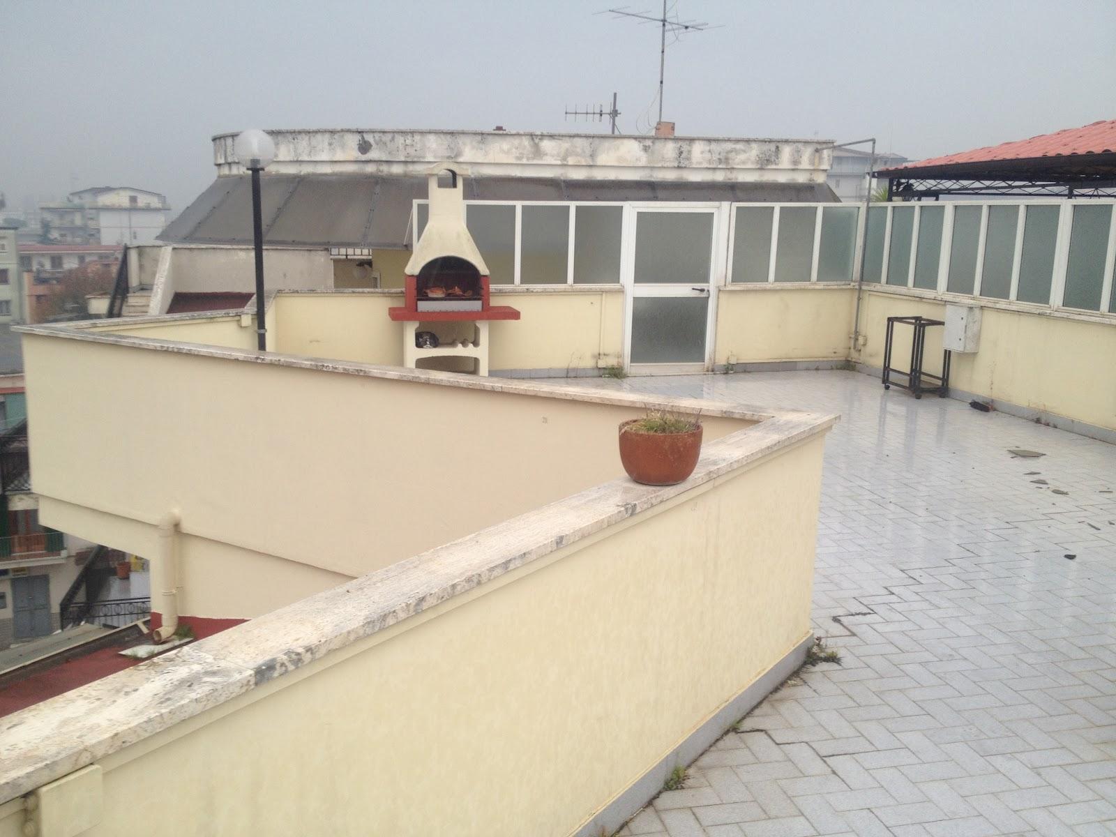 Cerco casa a napoli cerco appartamento con terrazzo - Cerco cucina usata napoli ...
