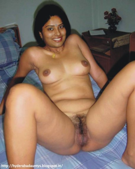 naked indian aunty click here