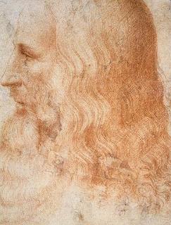 Leonardo ciertamente exploró algunos de los aspectos teóricos que intervienen en la construcción de telescopio