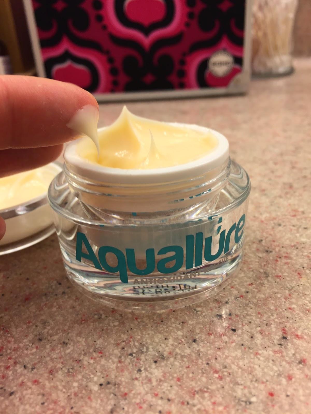 aquallure skincare moisturizer blogger review