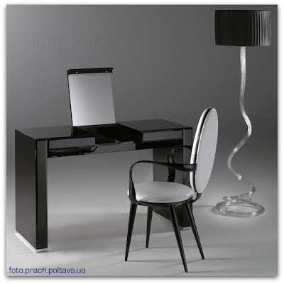 Туалетный столик для спальни модели Avantgarde Desk от фабрики Reflex Angelo.