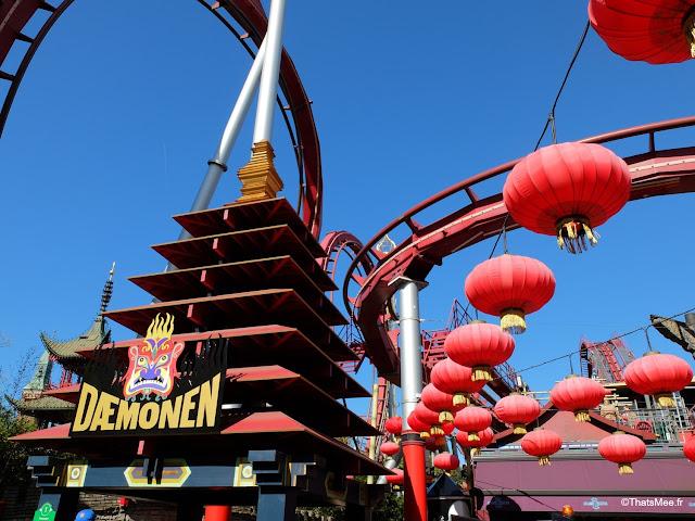 jardin de Tivoli copenhague danemark parc attraction disneyland, deamonen rollercoaster grand huit demon parc Tivoli