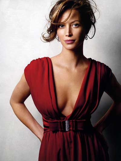 Most Beautiful And Sexiest Women Yoga Coaches And Poses Christy Turlington