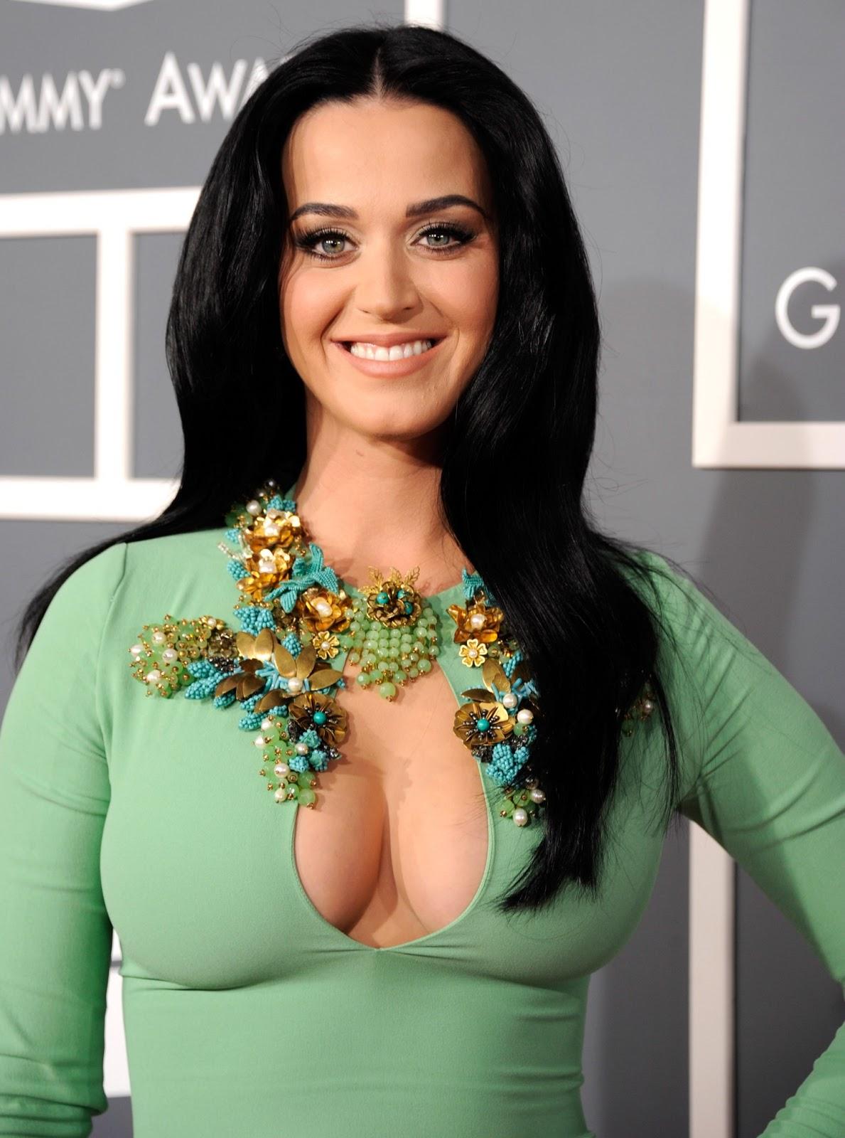 http://2.bp.blogspot.com/-maI2d8JIfNE/URmCr91DSrI/AAAAAAAAIYg/pxskkalGNUI/s1600/Katy+Perry+Grammy+Awards+-+RIMMEL.jpg
