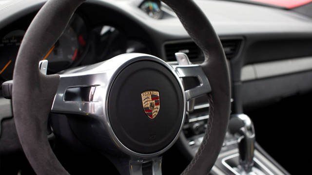 2014 Porsche 911 GT3 Interior