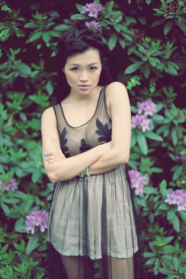 Jasmine Zhu Vancouver Fashion blogger for Posing in Vintage, wearing summer trend pastle