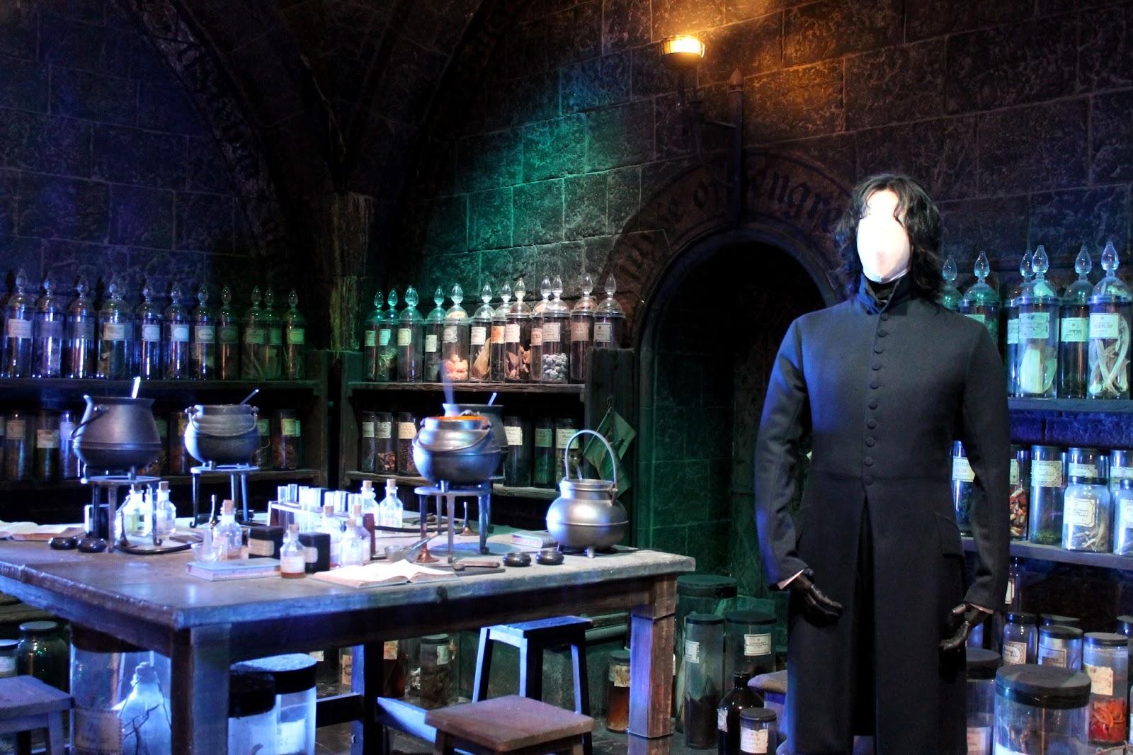 the making of harry potter warner bros studio tour valeriannala der storyblog. Black Bedroom Furniture Sets. Home Design Ideas