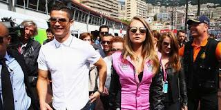 Ronaldo Kepergok Berkencan Dengan Super Model
