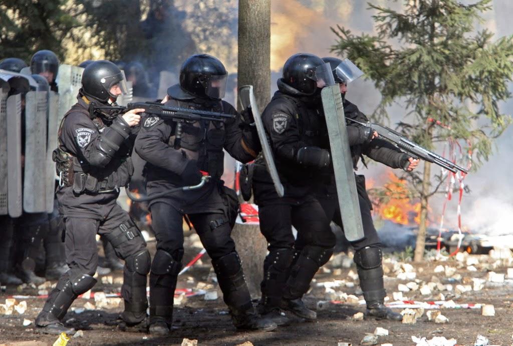 erőszak, Kijev, Ukrajna, ukrán tüntetések, Viktor Janukovics, Vitalij Klicsko, diktatúra,