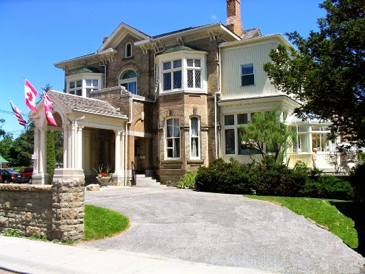 Perth Manor Boutique Hotel In Perth Ontario