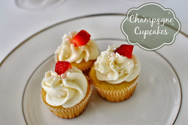 http://www.mommyinsports.com/2013/12/champagne-cupcakes.html