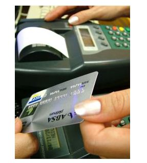 7 Advantages of a Debit Card