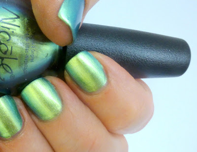 Nicole by OPI's Mer-Maid for Each Other, is a gorgeous lime green metallic duochrome, that was released in Fall 2012 as part of the brand's exclusive collection with Target.