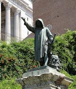 Statue at Vittorio Emanuele monument - Rome