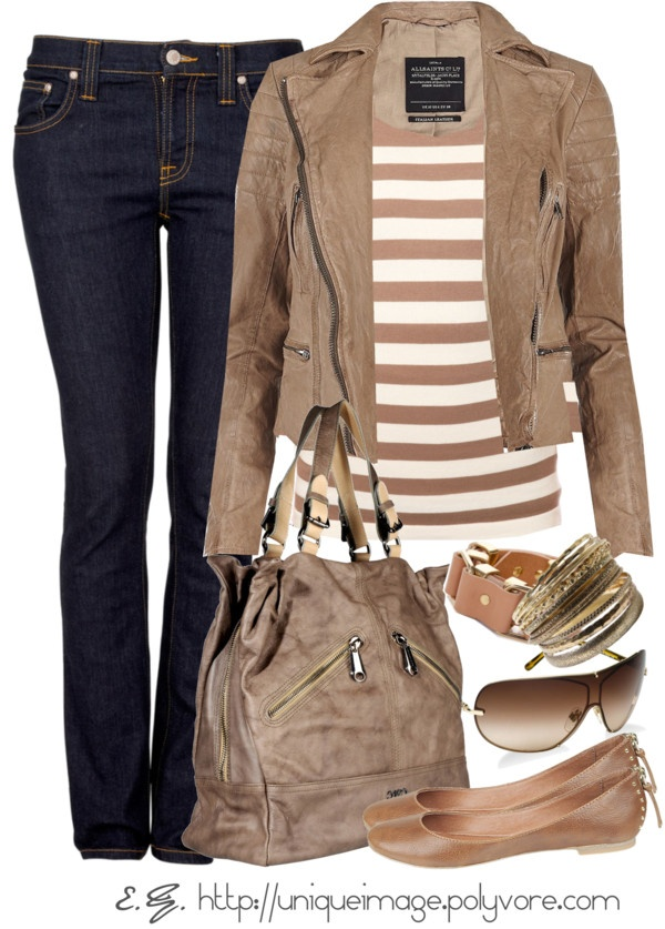 Brown ladies outfit for Fall