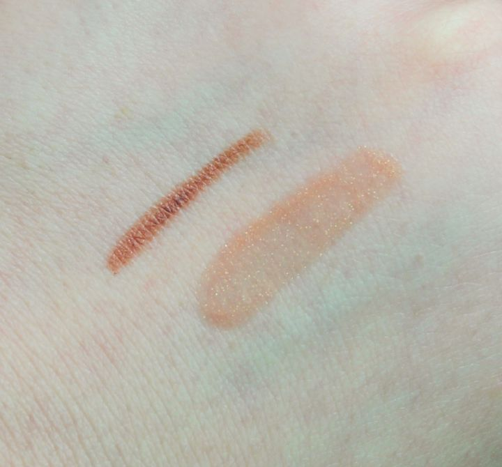 OFRA Lip Gloss in Natural OFRA Lip Liner in Mauve swatch swatches