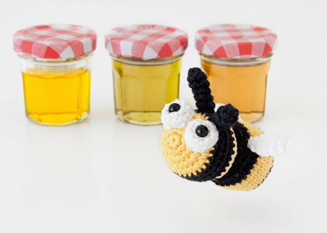 Amigurumi abeja bee