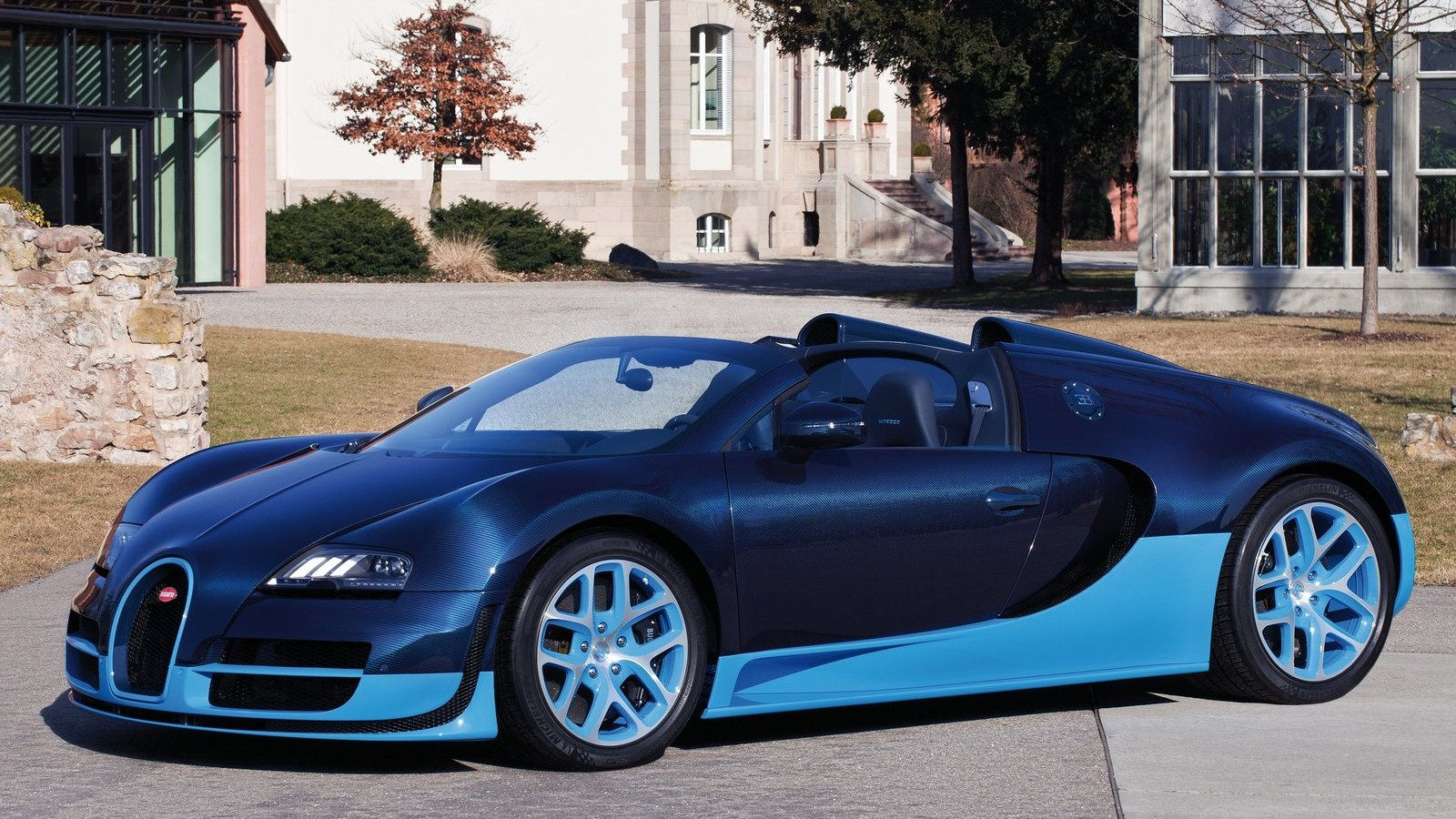 bugatti veyron grand sport vitesse auto review. Black Bedroom Furniture Sets. Home Design Ideas