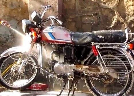 tips dan cara mencuci motor yang benar