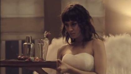 Iklan Seksi Luna Maya, Uli Auliani, Marissa Nasution dan Chantal Della Concetta