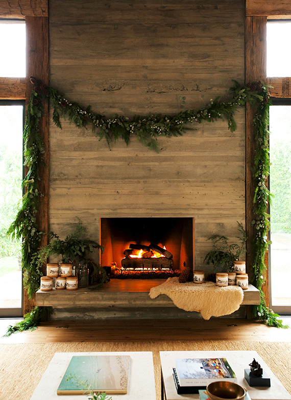 Cozy Christmas decor | Image by Yayo Ahumada via Domaine