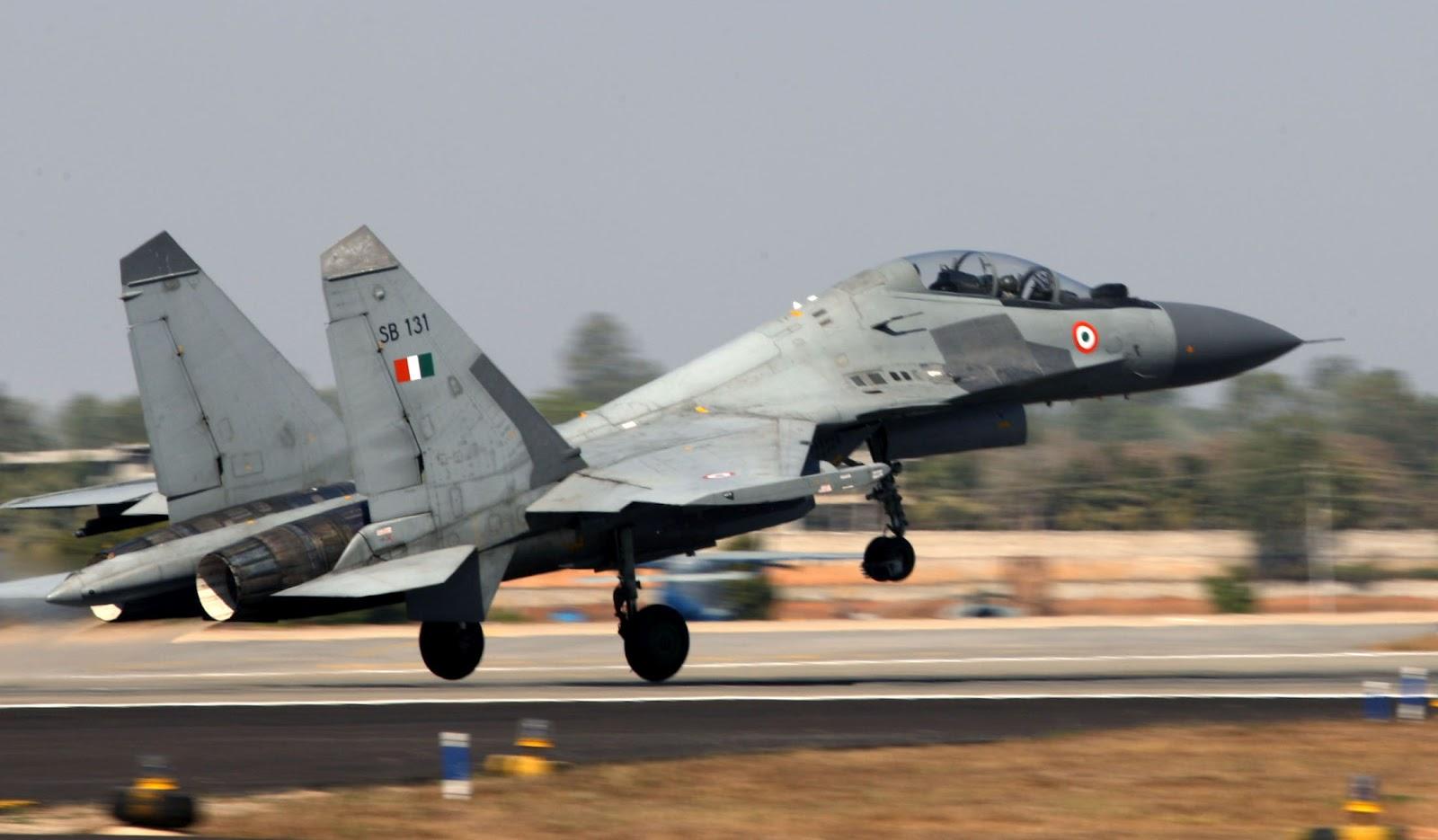 http://2.bp.blogspot.com/-mcTG41z6AuI/UAQQ4XR1CDI/AAAAAAAAKqI/coLFM43M9Fc/s1600/sukhoi_su30mki_indian_air_force.jpg