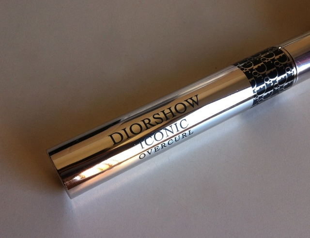 Diorshow Iconic Overcurl mascara, Diorshow Mono eyeshadow, Diorshow Art Pen Eyeliner, Diorshow Flash Corrector, Natalie Portman