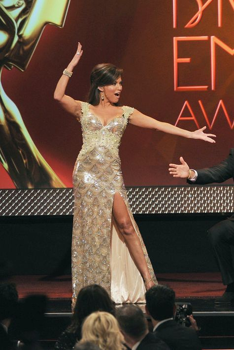 Robin Meade Hot Images At The 40th Annual Daytime Emmy