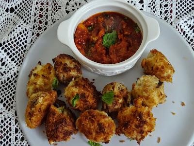 Mozzarella fritters