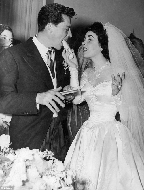 Audrey Hepburn Funny Face Wedding Dress 32 Spectacular Guests included many film