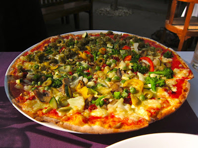Picciutti pizza at Dario's Pune