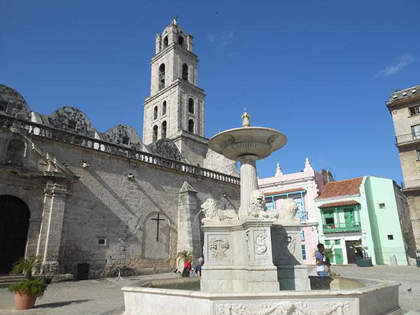 La plaza de San Francisco de Asís, uno de los lugares más encantadores de la Habana Vieja