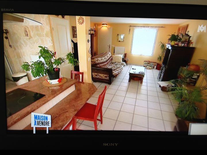 maison vendre m6 dcoratrice elegant sophie ferjani with sophie decoratrice maison a vendre with. Black Bedroom Furniture Sets. Home Design Ideas