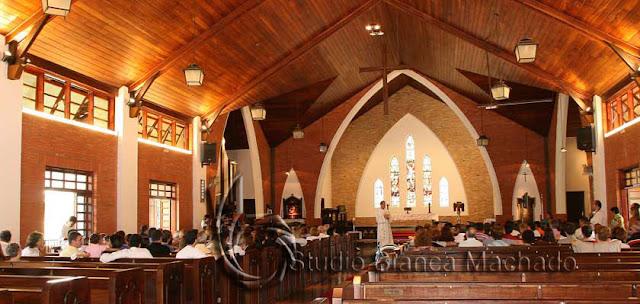 Fotos de batizado em igreja sp